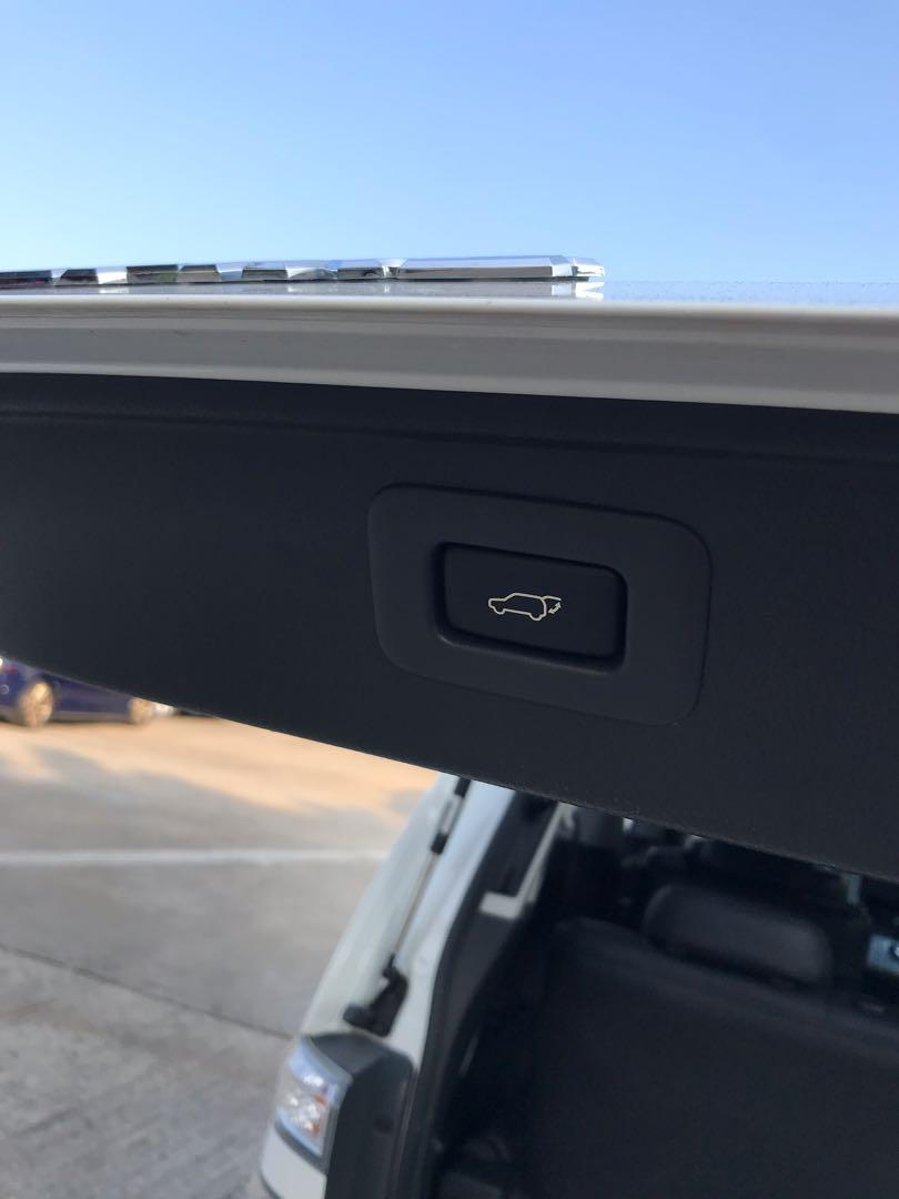 Toyota Vellfire 2.4 Z Platinum Selection II (A)