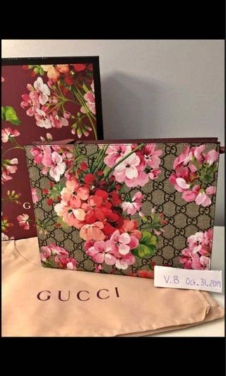 Gucci Blooms Toiletry