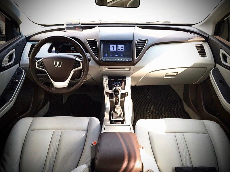 2012年 Luxgen S5 2.0 白