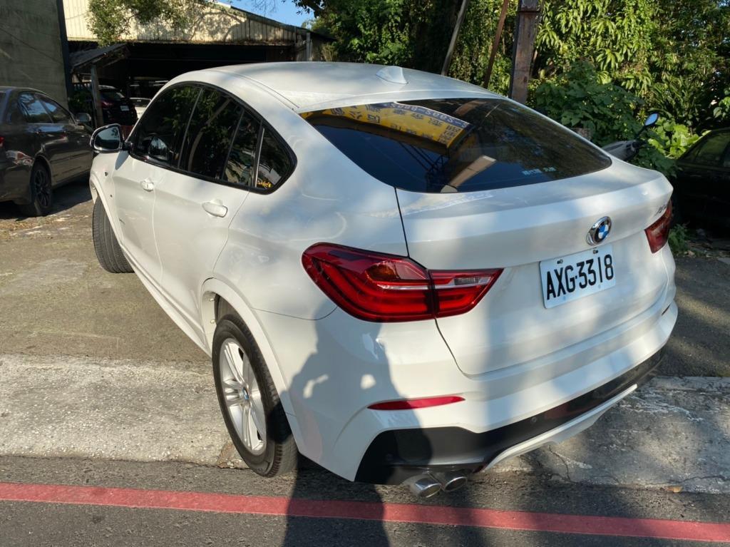 正2015年出廠 正一手總代理 BMW X4 X-Drive 35i M-Sport 雙光圈HID魚眼頭燈+黑鼻頭 保證只要139.8萬