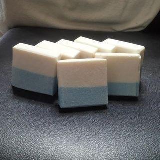 ~天然海鹽去角質皂//海鹽去角質手工皂~(精油款) ~喜羊羊工作坊