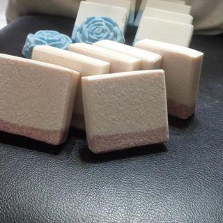 ~天然喜瑪拉亞 玫瑰岩鹽去角質皂//~(無香款) 一般~喜羊羊手工皂