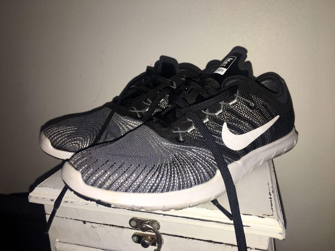 EUC Nike youth boys flex adapt training shoes sz 5.5