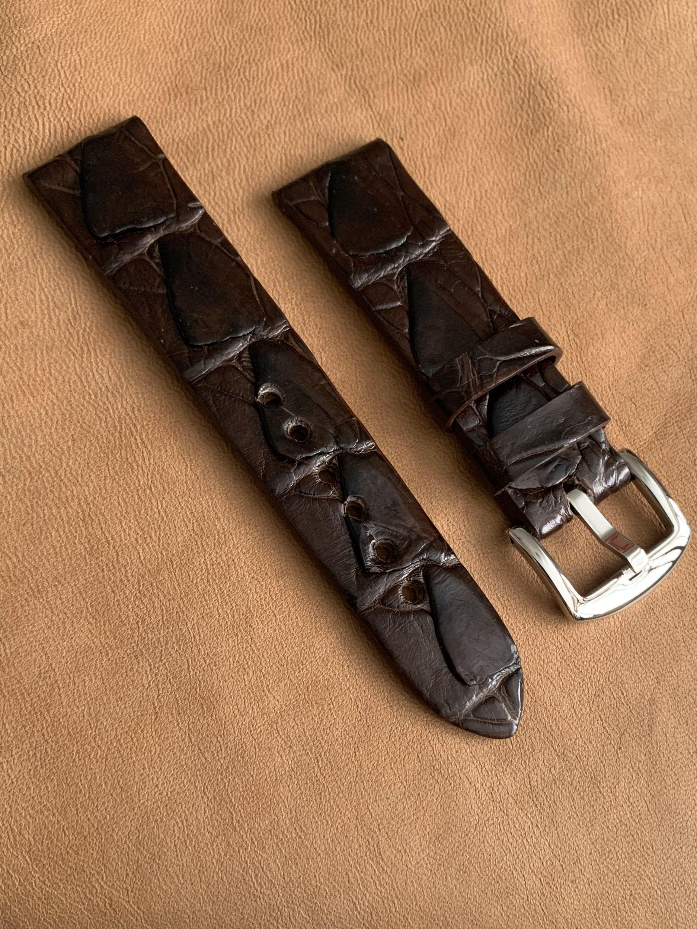 """22mm/20mm Pecan Brown """"Dorsal Fin"""" Crocodile Alligator scales  Watch Strap 22mm@lug/20mm@buckle (only 1 of, once sold no more🙏🏻👍🏻) 22mm/20mm     Standard length: L-120mm,S-75mm"""