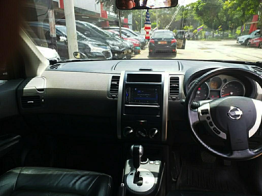 Nissan Xtrail XT 2.5 a/t 2010. MACHO..! KREDIT MUDAH..!