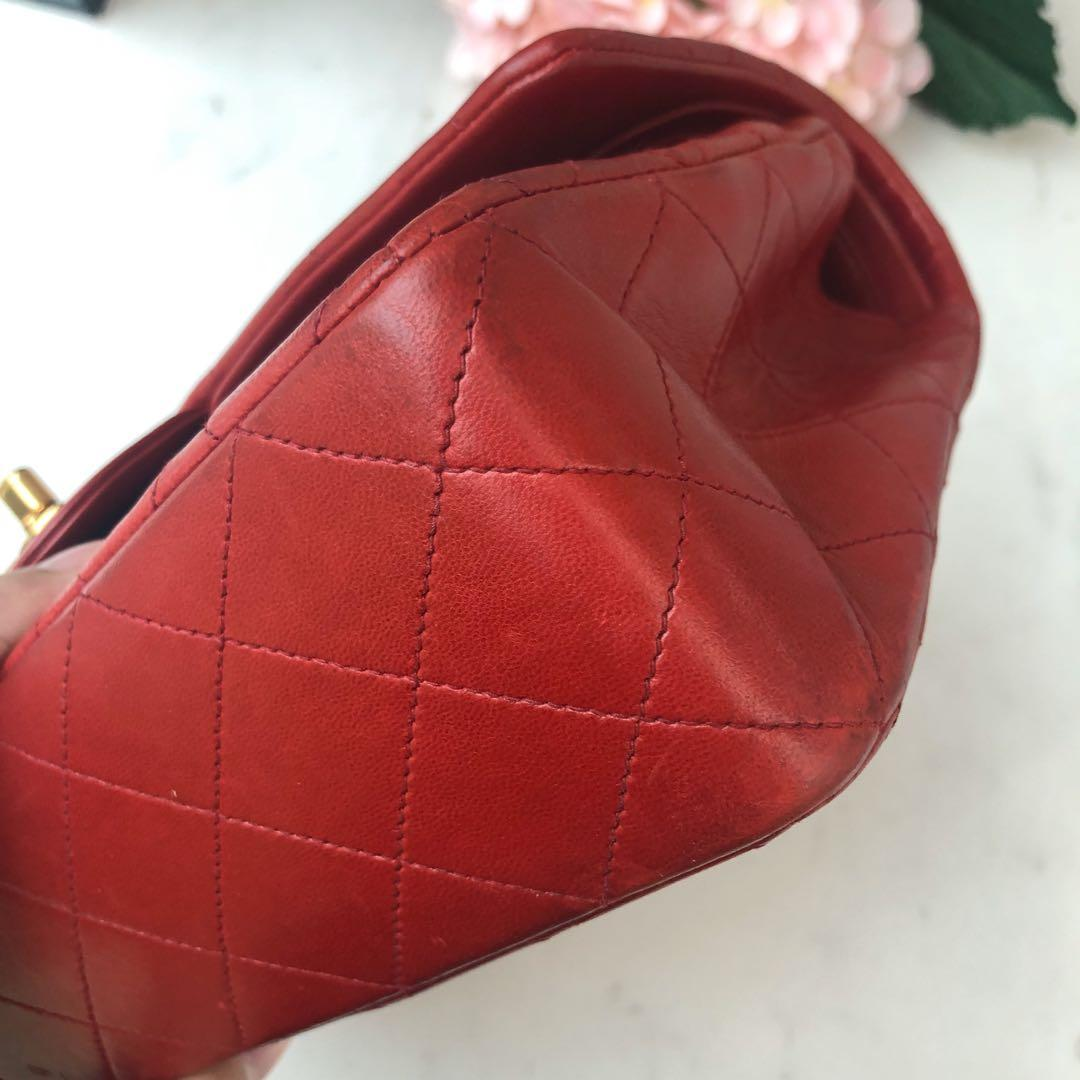 ✖️SOLD!✖️ Super Gorgeous Vintage! Beautiful Chanel Classic Medium Flap in Red Lambskin 22k GHW