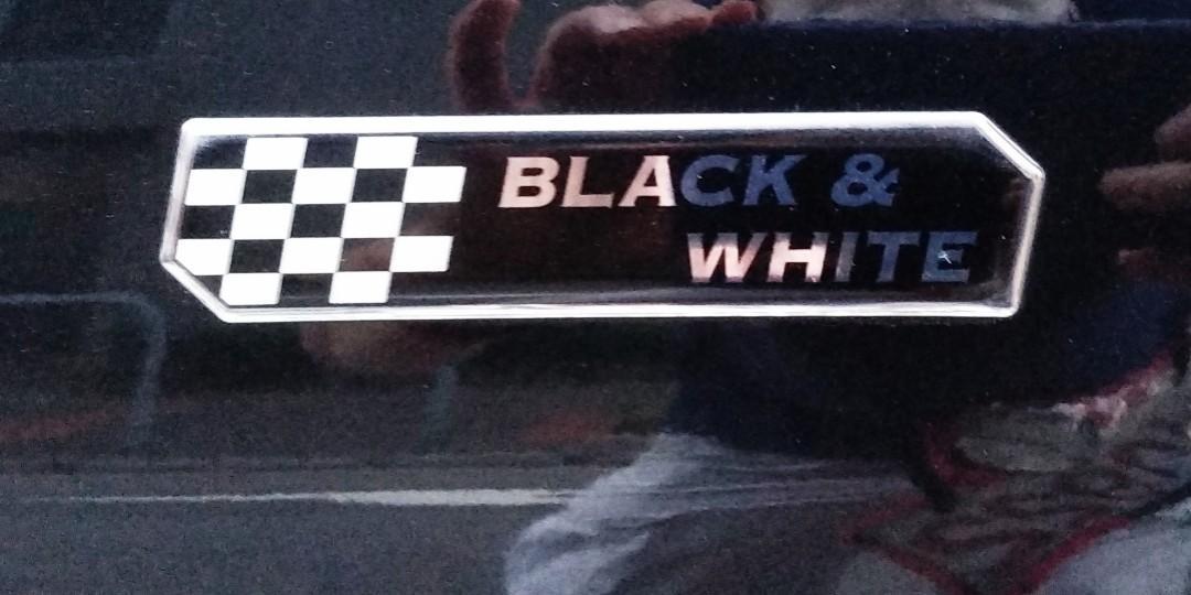 Suzuki Solio 12S Sports Package Black & White Edition 2012 Black Black & White Limited Auto