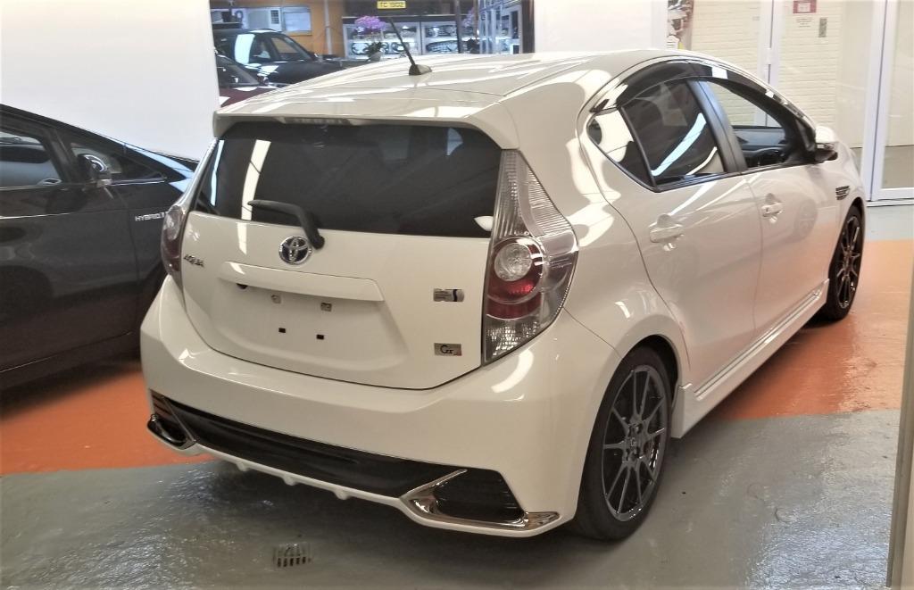 Toyota Aqua GS Auto