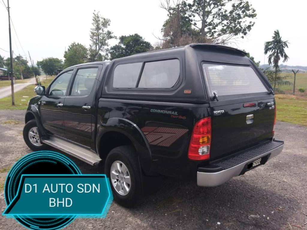 TOYOTA HILUX 2.5 AT DOUBLE CAB,1OWNER,ACCIDENT FREE NO OFF ROAD,CANOPY