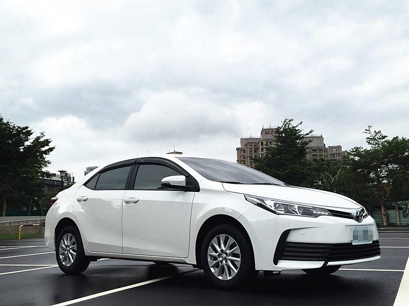 小婕嚴選好車~17年 Toyota Altis