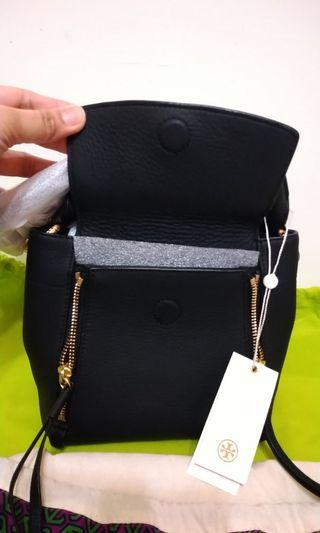 100% New and Authenticated Tory Burch sling bag