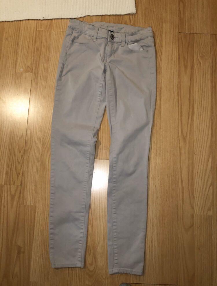 American Eagle outfitters women's grey khaki pants size 2