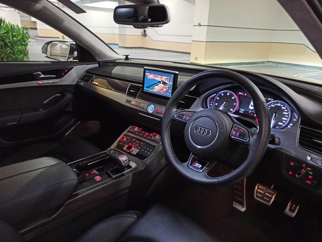 Audi S8 Sedan 4.0 TFSI quattro tiptronic (A)