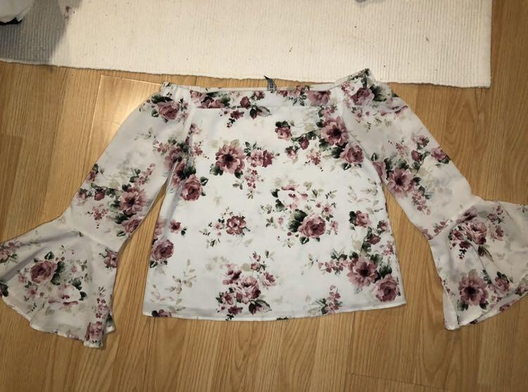 Design lab by lord and Taylor floral top women's size xsmall