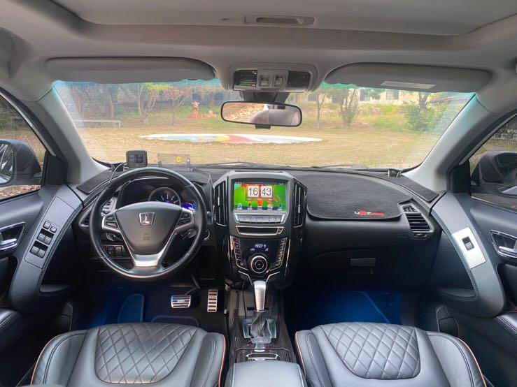 Luxgen 納智捷 U6 休旅車 五人坐 大空間 超多配備