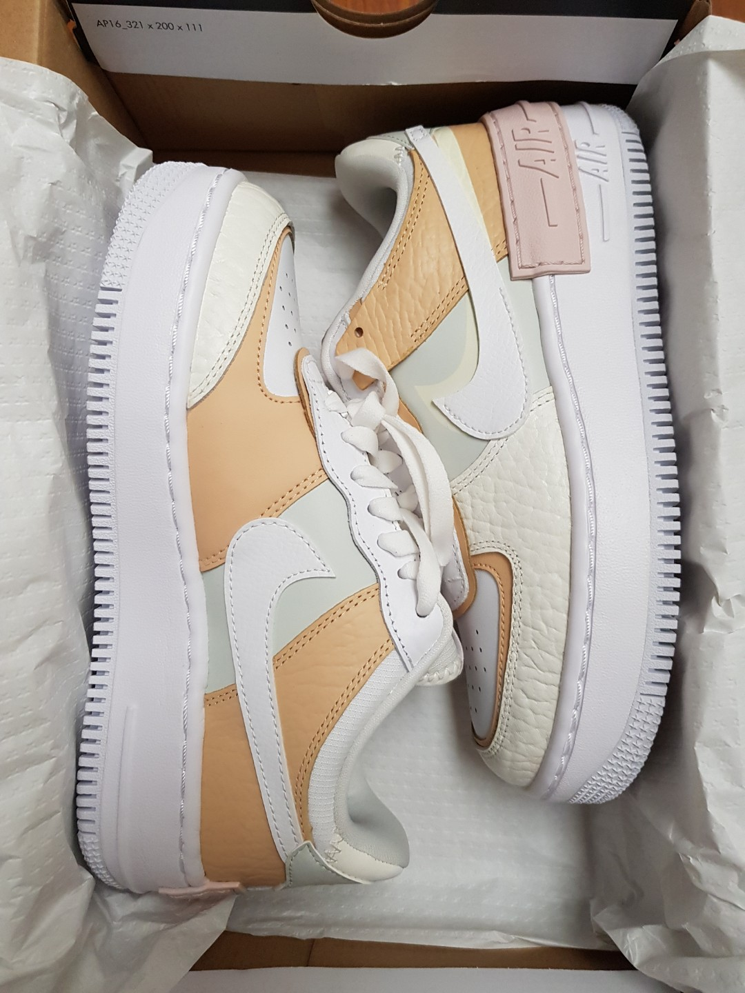 Nike Air Force 1 Shadow Se Spruce Aura Us 6 5 Men S Fashion Footwear Sneakers On Carousell How to tell real shoes like airforce ones from fakes. nike air force 1 shadow se spruce aura us 6 5