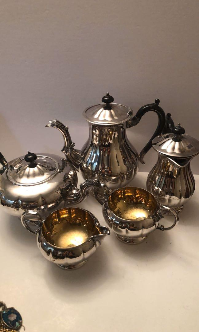 Vintage Marlboro 5 piece silver plated  reproduction