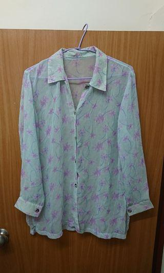 日本 古著 韓製 超美的滿版紫花壓紋輕柔質料透膚襯衫