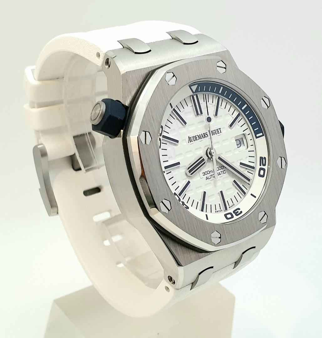Audemars Piguet Royal Oak Offshore Diver 42mm Special Edition in Stainless Steel New Ref. 15710ST White