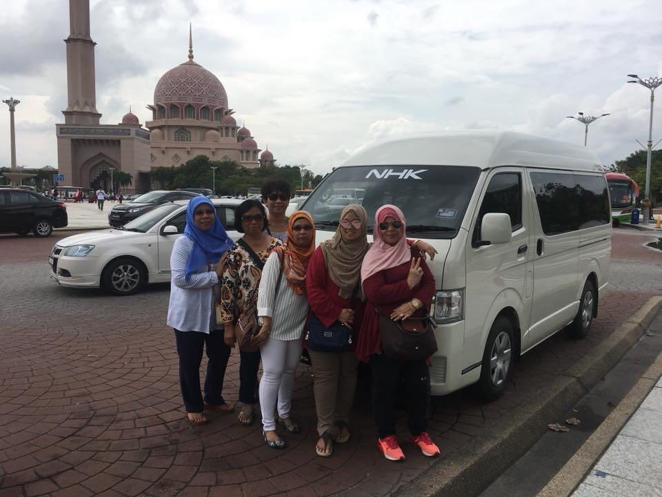 klia van / city tour van / shuttle van / van with driver / airport shuttle