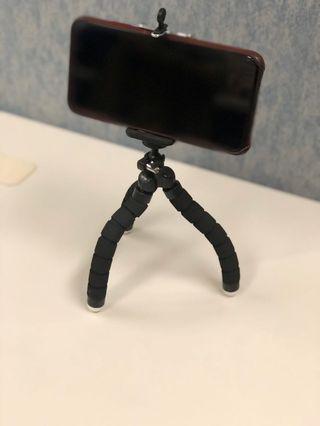 Phone Tripod Mount for iPhone/Samsung/Huaweis model