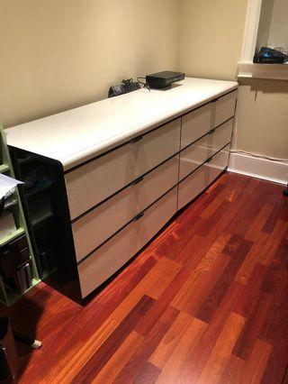 Six drawers cabinet in Excellent condition