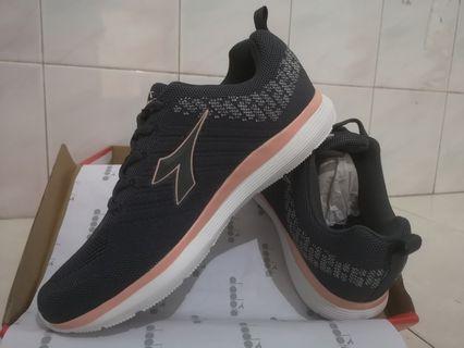 Sepatu Diadora  LT grey/rose