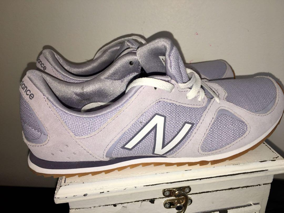 Absolutely in mint condition women's New Balance WL555 running shoes 8.5