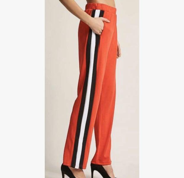 Tall High-waisted Striped Pants (Brand: Noisy May)