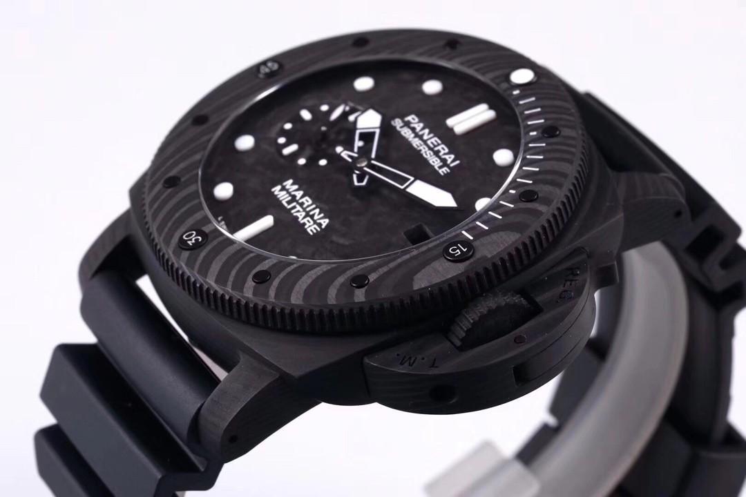 VSF Panerai Luminor Submersible Marina Militare PAM979 Forged Carbon Carbon Dial Swiss P9000
