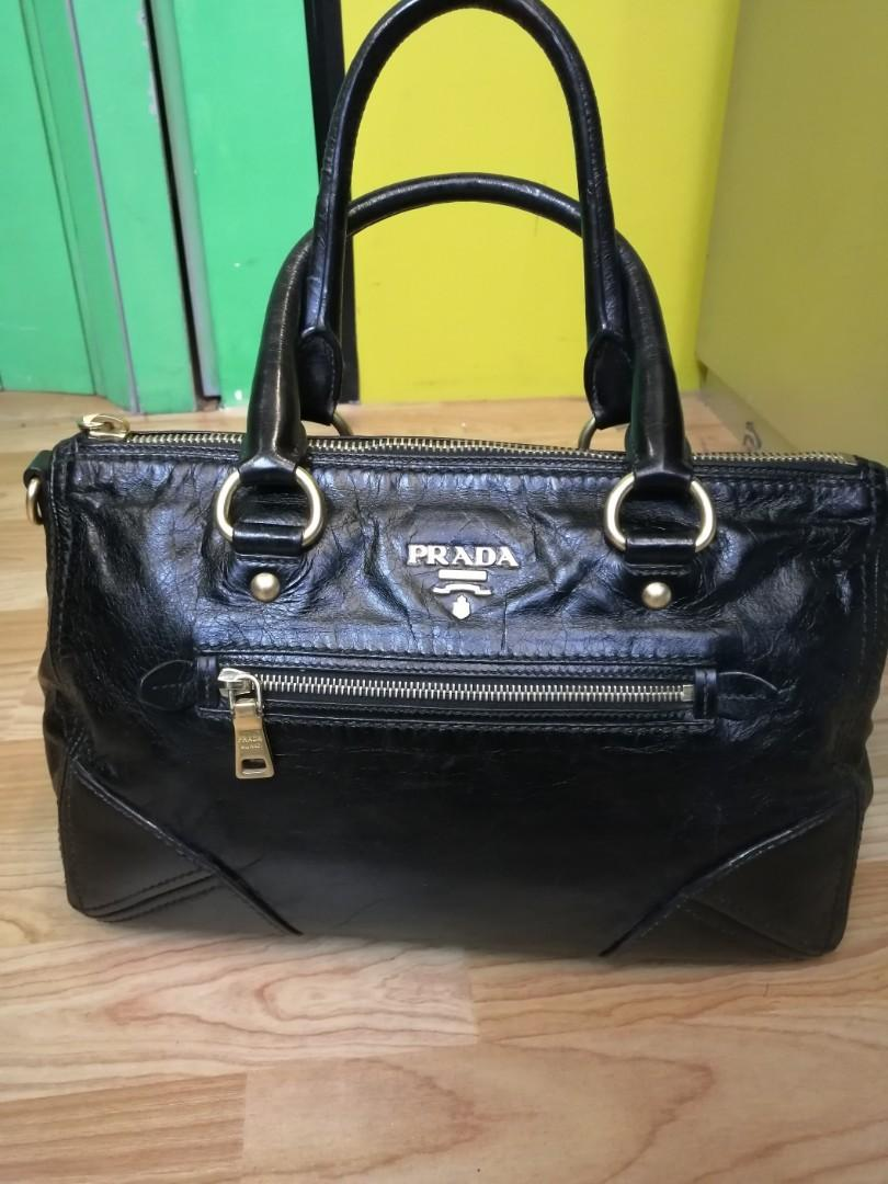 100 % Authentic👍 leather Prada Handbag prada bag women's fashion bags and wallet health and beauty make up Everything Else antique Vintage Collectibles pants jeans & shorts ladies Fashion jewelry Leather bags handbags luxury bags authentic