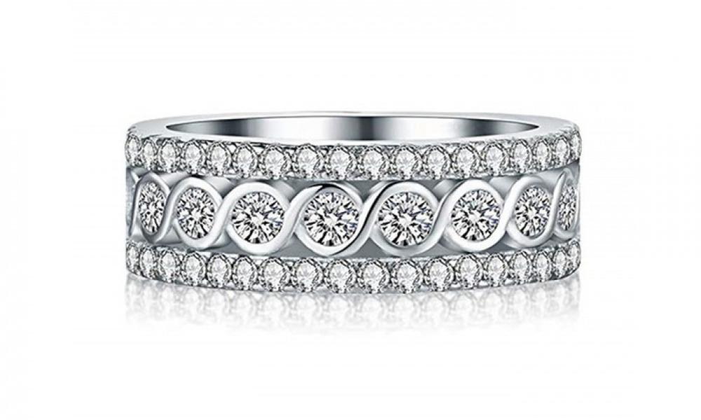 18K White Gold Plated Band Ring Made With Swarovski Elements (Size 9)