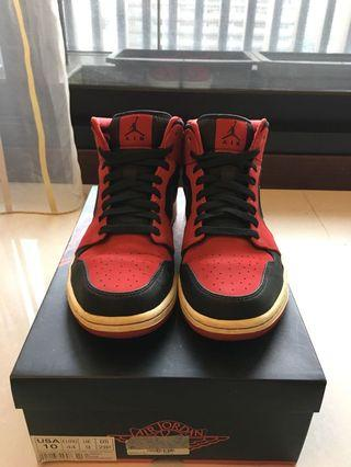 Jordan 1 mid bred  經典紅黑配色