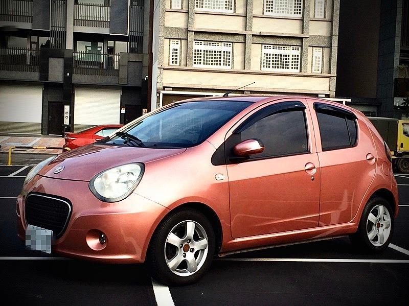 2010年 TOBE M-car 1.3 粉紅