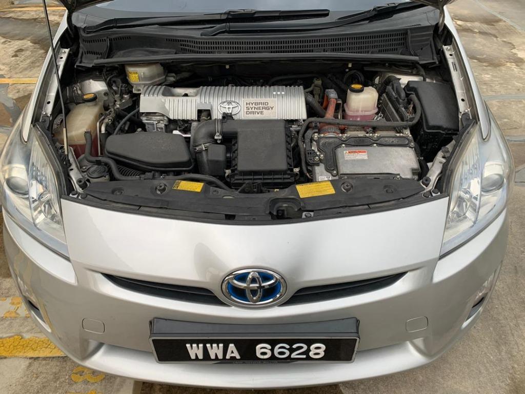 2011 Toyota Prius 1.8 (Hybrid) (a) B / L Loan Kedai DP 2-3 K