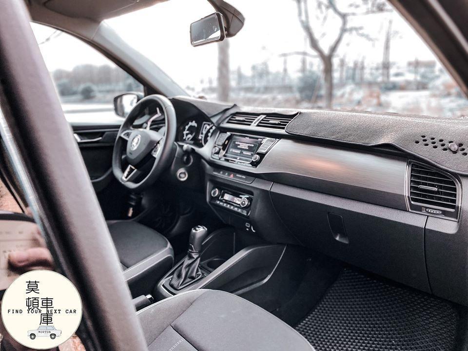 2019年 Skoda Fabia Combi 1.0 只跑6千 新車保固中 ACC AEB 魅力套件 FSK隔熱紙 全車鍍膜 沒得挑惕