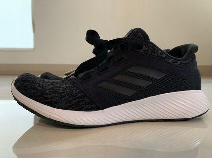 九成新* Adidas 慢跑鞋EE8998 EE8998 39