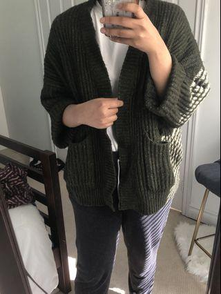 Forest green thick cardigan