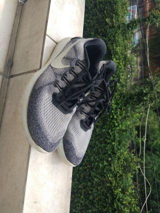 Nike free rn 2017 grey