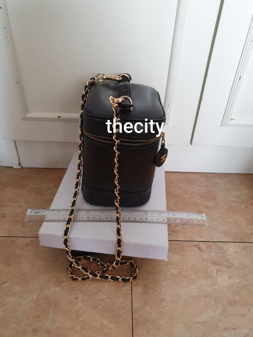 AUTHENTIC CHANEL TALL LAMBSKIN LEATHER VANITY BAG - BLACK COLOUR- CLEAN INTERIOR, SOLID SHAPE STRUCTURE - TIMELESS CLASSIC VINTAGE SO NOT FOR FUSSY BUYERS - GOLD HARDWARE - COMES WITH EXTRA LONG CHAIN STRAP FOR CROSSBODY SLING - HANDLE WRINKLED