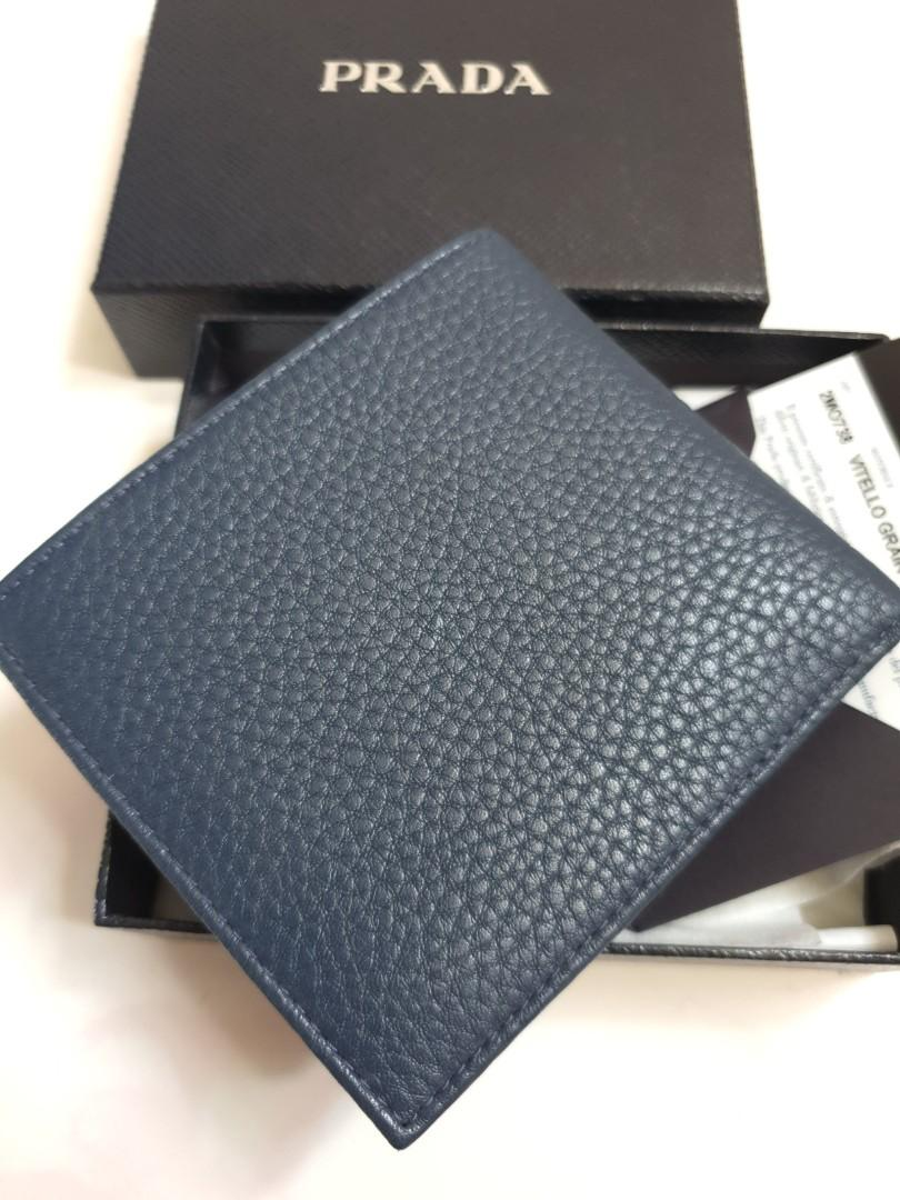 Bnib bn unused prada 2MO738 Men's Leather Bifold Wallet with Coin Pouch & Logo- vitello grain bluette