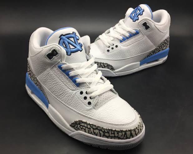 Decaer combinación flaco  Jordan 3 UNC PE, Men's Fashion, Footwear, Sneakers on Carousell