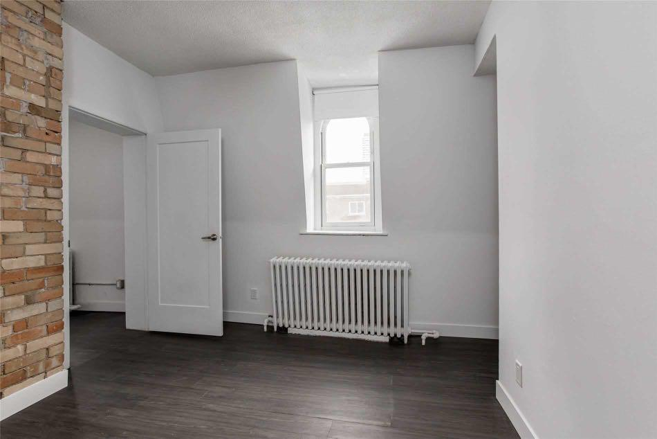 Utilities Included! Wellesley Station 1Bed + 1Bath for Lease!