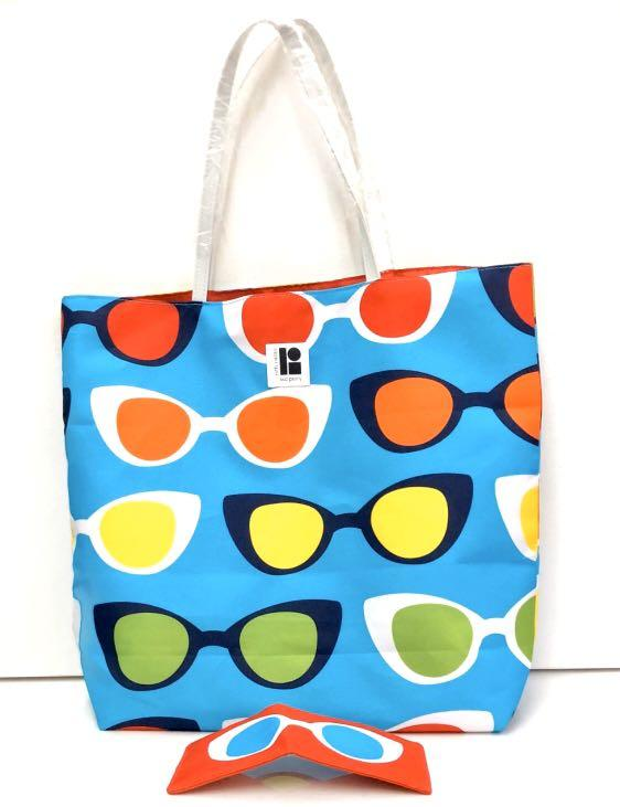 Estee Lauder Lisa Perry Beach Tote Bag with Sunglass Case.