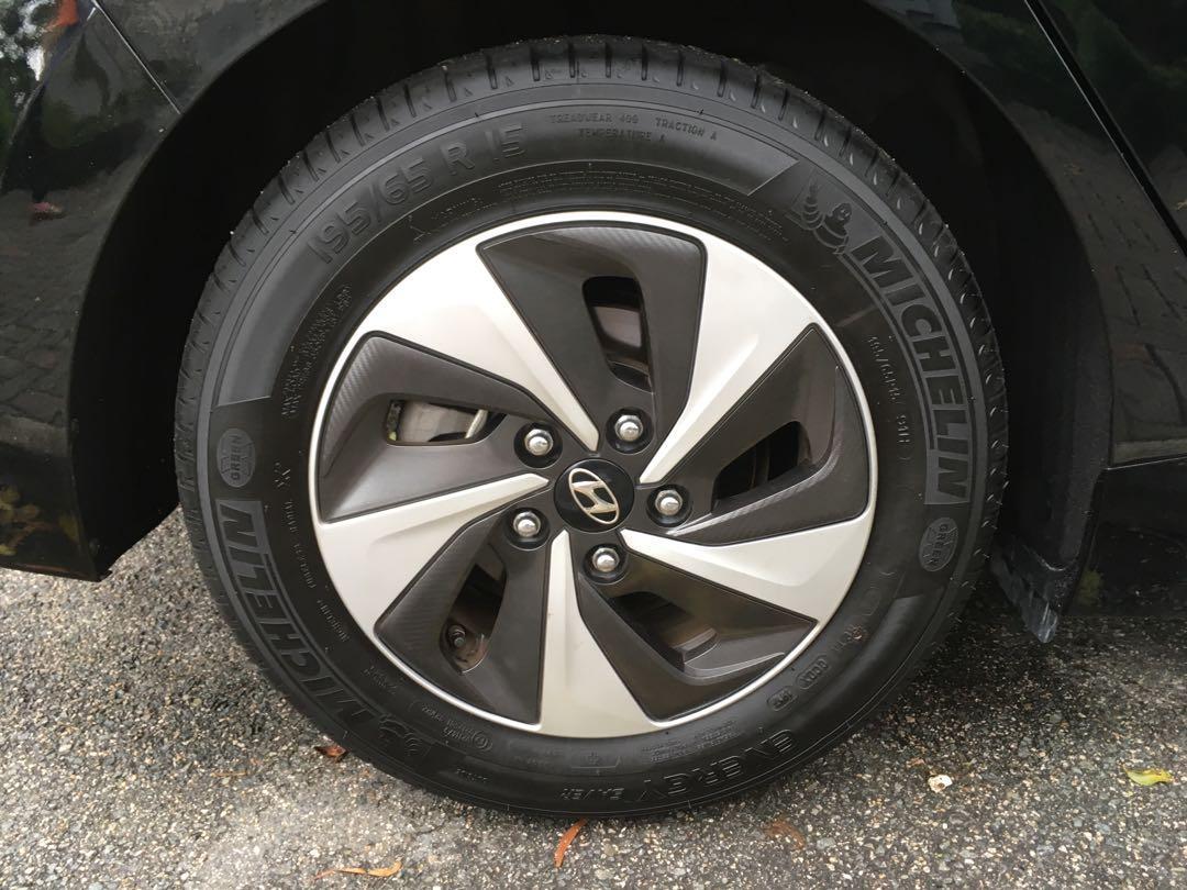 Hyundai Ioniq 1.6 GLS DCT Hybrid (A)