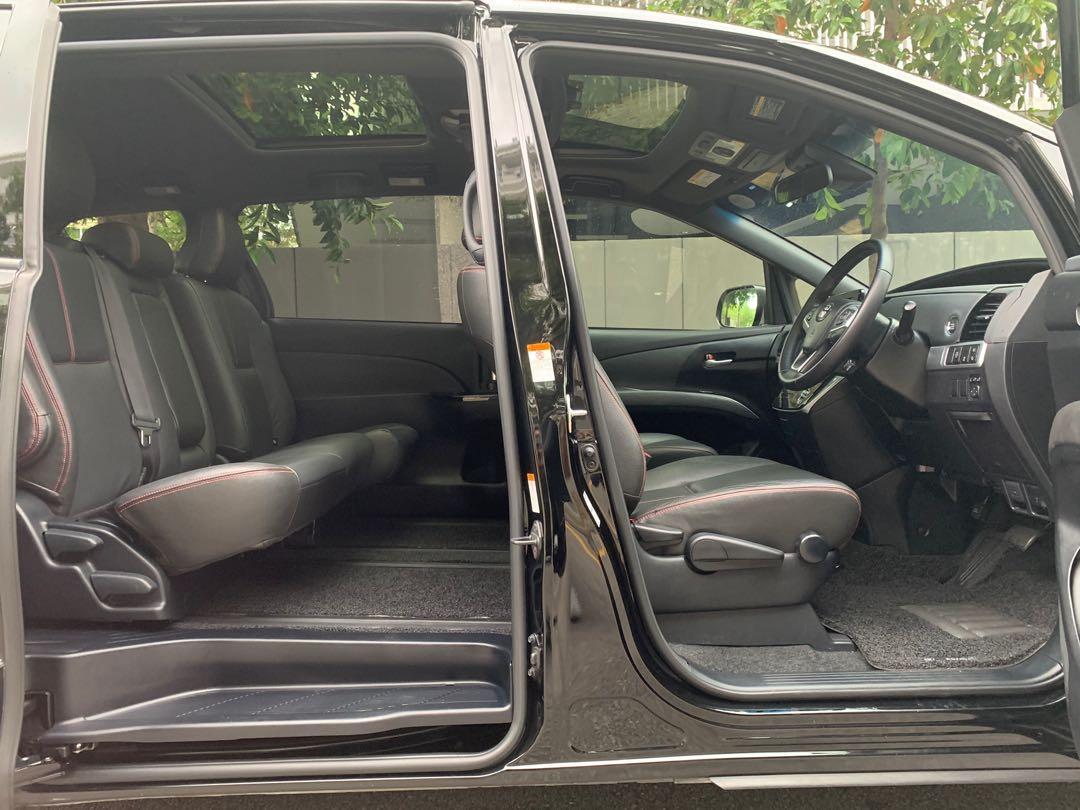 Toyota Estima 2.4 Aeras Premium 8-Seater Moonroof Auto