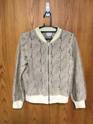 日本🇯🇵帶回~ 🌼米色簍空蕾絲紗外套(無口袋)(僅試穿)🌼 #大地色