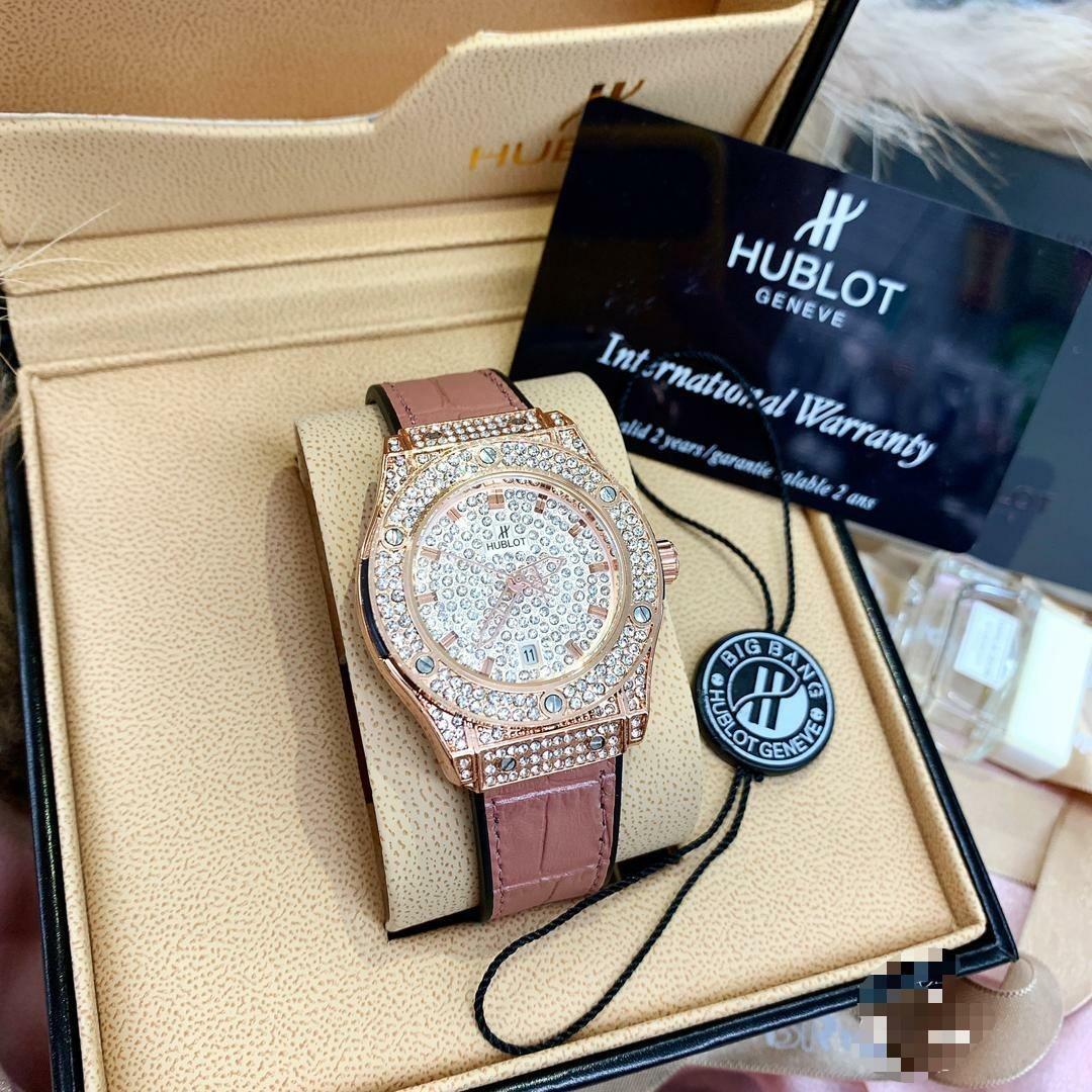Hublot original 1.1 Complete set Readystock wasap fast respon 0182297664 terima kasih uolls setiap pembelian akan mendapat gift.