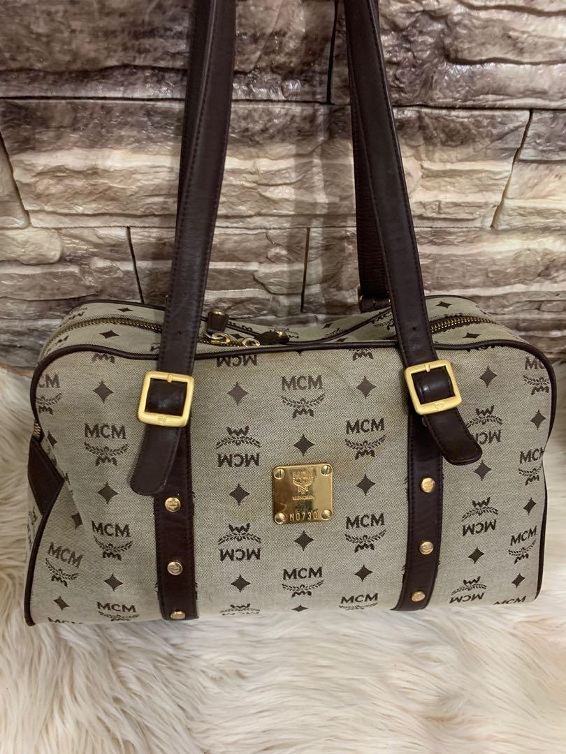 Mcm shoulder original kanvas mix leather, size 36 x 20 x 13 cm, kondisi 90% OK, bag only