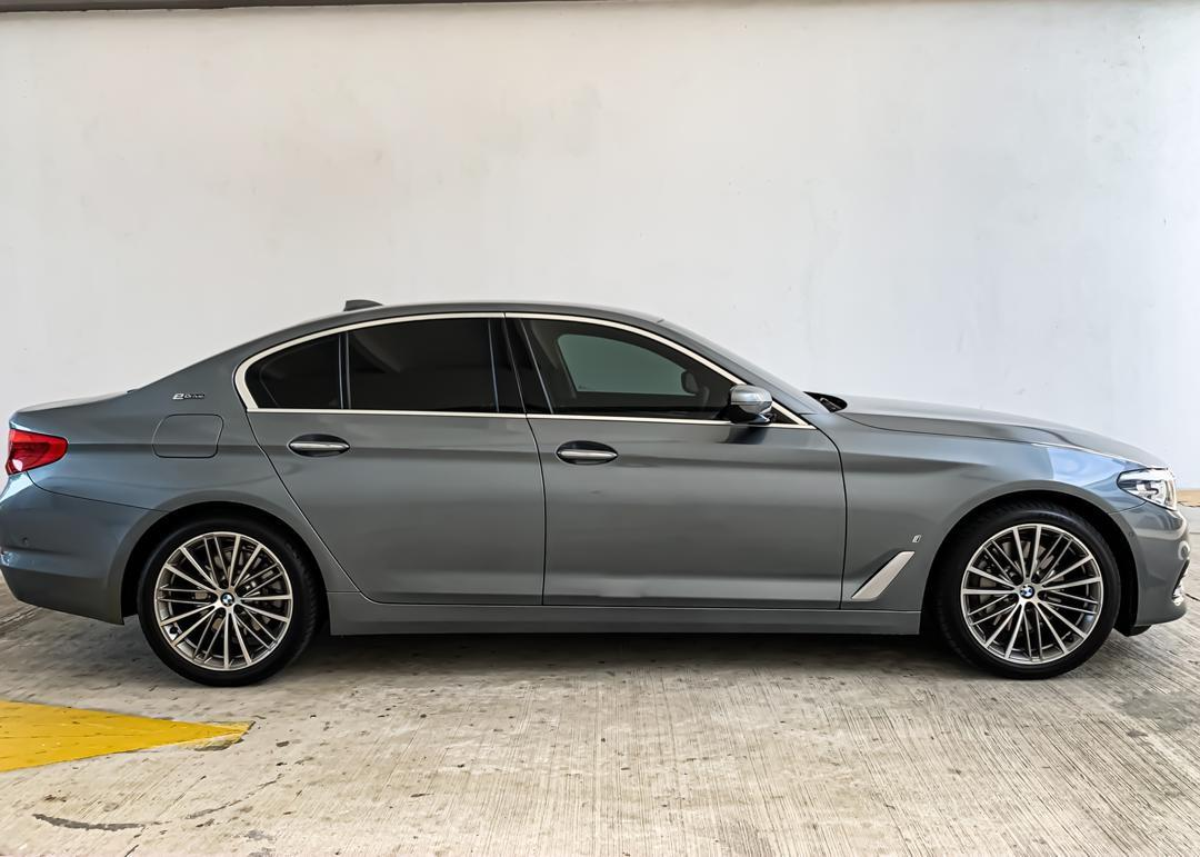 SEWA BELI BERDEPOSIT>>BMW G30 530i 2.0 E-DRIVE 2018 LOCAL SPEC 2018